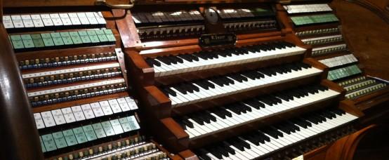 OrgelSpieltisch_1